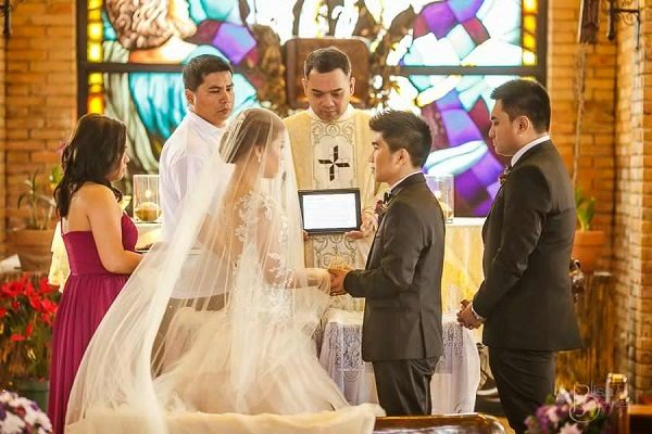 Why Are Wedding More Fun In The Philippines