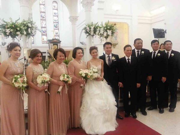 How To Choose Your Wedding Entourage