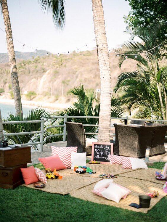 beach-wedding-decor